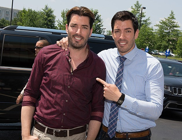 Tv 39 s 39 property brothers 39 coming to area looking for for Is jonathan from property brothers gay