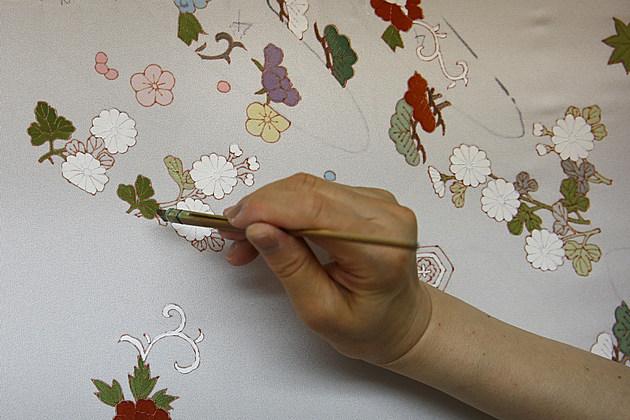 Kimono Artisans Work On Kyo-Yuzen In Kyoto